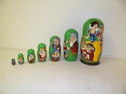 VINTAGE RUSSIAN WOOD CARVED NESTING DOLLS DISNEY SNOW WHITE
